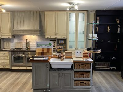 Contempory Kitchen with island