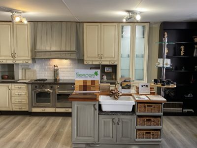 Kitchen with Island full